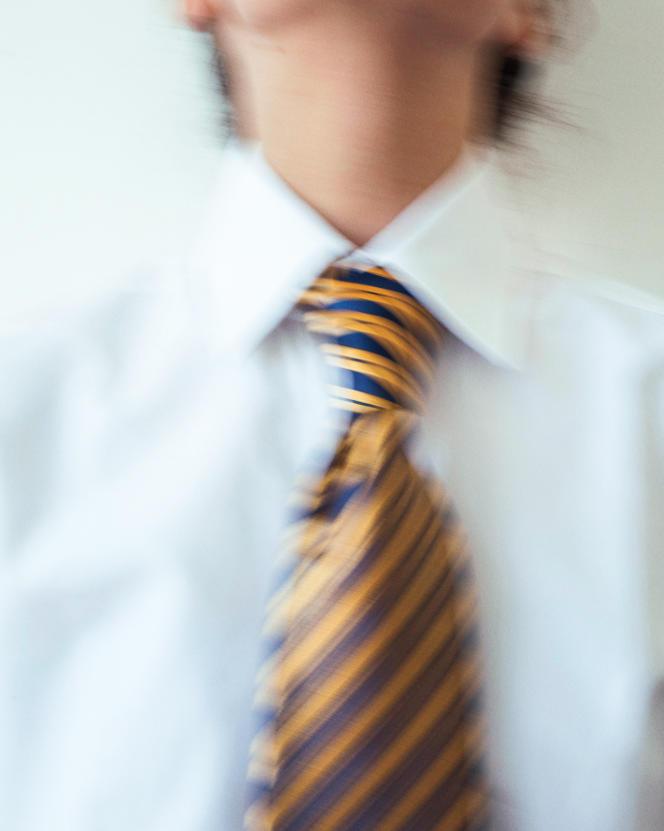 Cravate en soie brochée, Charvet, 180 €.