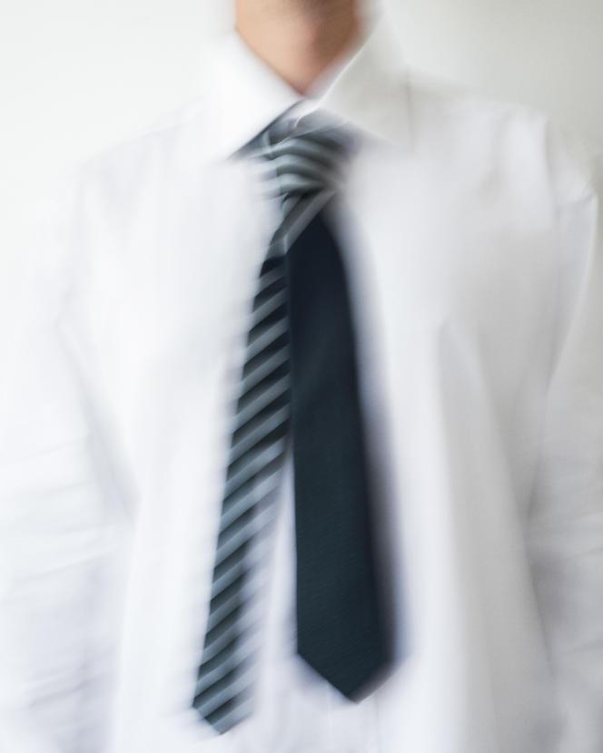 Cravate en serge de soie, Fendi, 190 €.