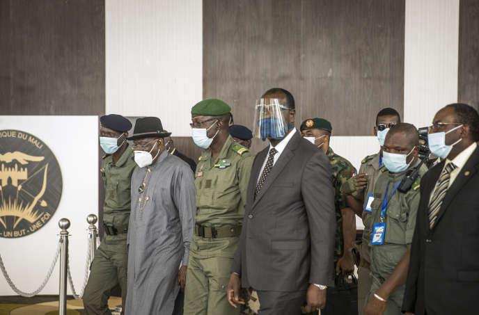 Mali Une Delegation Ouest Africaine A La Rencontre De La Junte Cinq Jours Apres Le Coup D Etat