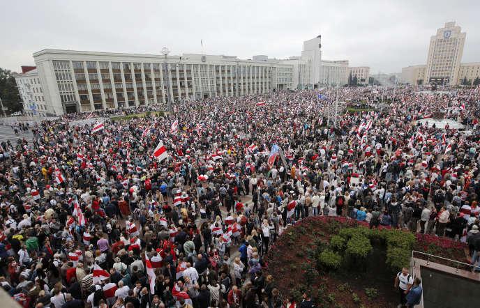 Sur la place de l'indépendance à Minsk, le 23 août 2020.
