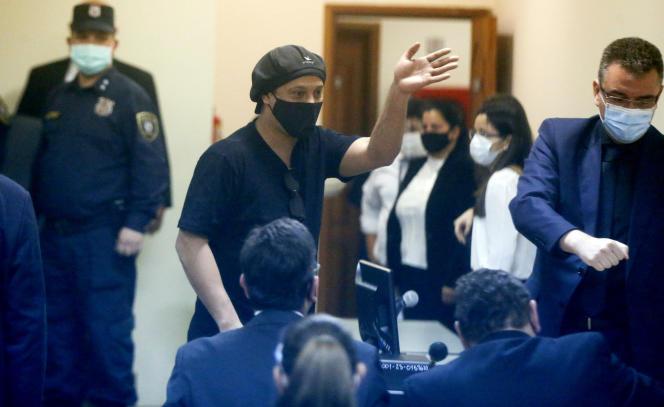 Ronaldinho lors de son audience au tribunal d'Asuncion, au Paraguay, lundi 24 août.