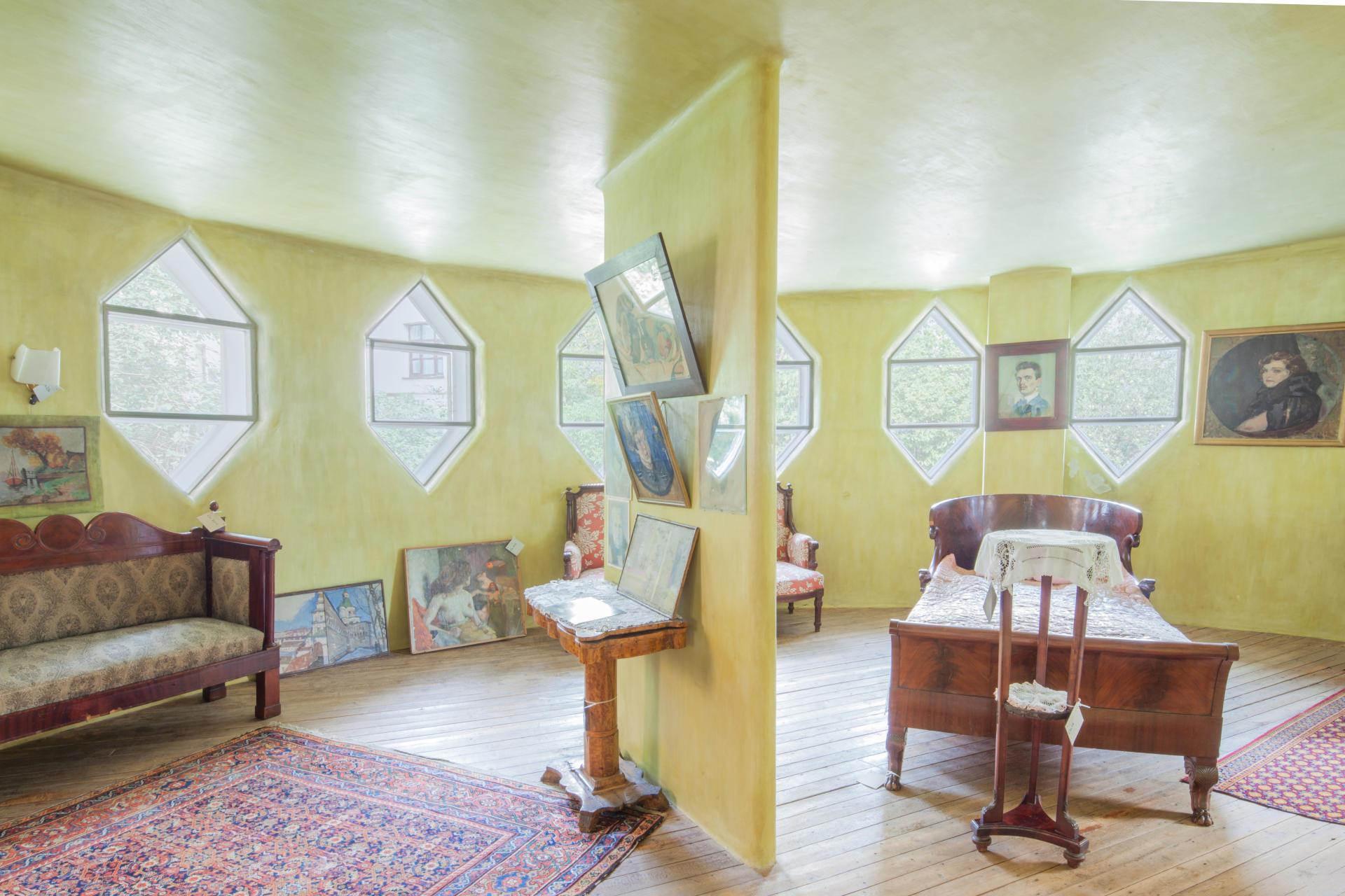Vue intérieure de la maison de Constantin Melnikov à Moscou, en 2015.