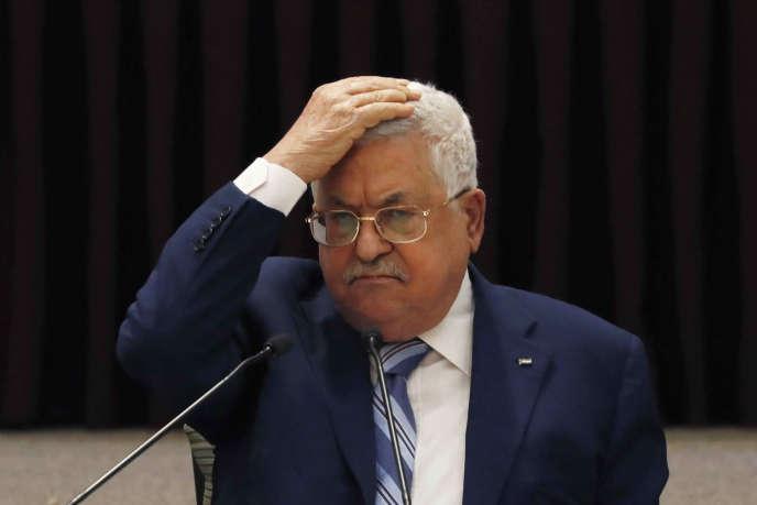 Le président de l'Autorité paslestinienne Mahmoud Abbas lors d'une réunion avec les dirigeants palestiniens, à Ramallah, le 18 août 2020, quelques jours après l'annonce par les Emirats arabes unis de l'accord de «normalisation» avec Israël.