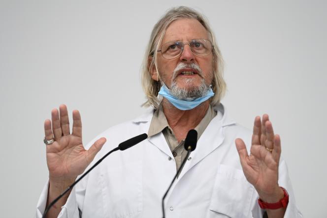 Le professeur Raoult intervient lors d'une conférence de presse sur la situation sanitaire de la ville de Marseille, le 27 août.