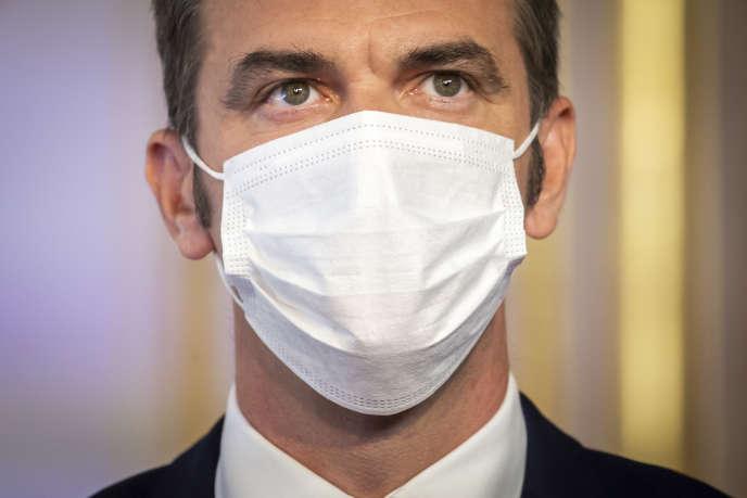 Le ministre de la santé,Olivier Véran, lors d'une conférence de presse à l'hôtel Matignon, à Paris, le 27 août.