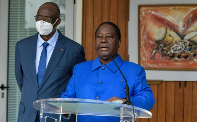Henri Konan Bédié prononce un discours alors qu'il vient d'être nommé par son parti, lePDCI, candidatà l'élection présidentielle ivoirienne,le 27 juillet 2020 à Abidjan.