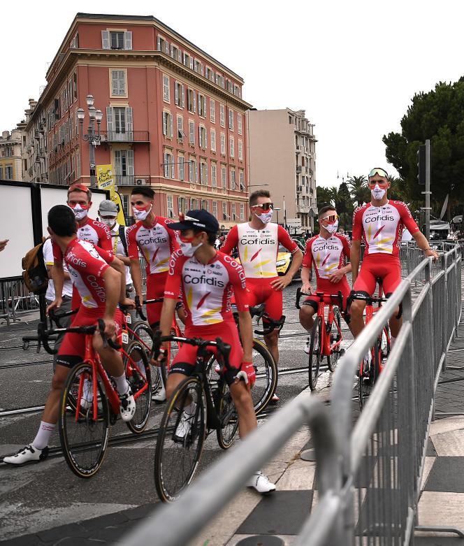 L'ensemble de léquipe Cofidis a été soumise à un test supplémentaire (salivaire), vendredi 4septembre, avant les test pratiqués, lundi 7 septembre, par l'organisation du Tour de France.