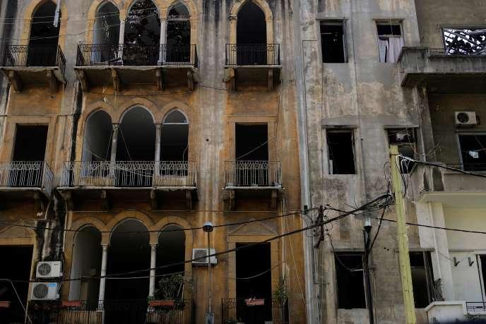 Un immeuble ravagé de Beyrouth, le 26 août, trois semaines après la double explosion dans le port de la capitale libanaise.