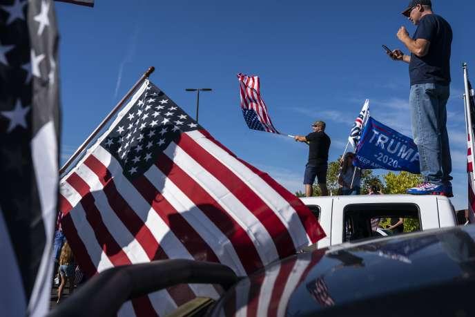 Des partisans de Donald Trump, lors d'un rassemblement à Clackamas, près de Portland (Oregon), le 29 août.