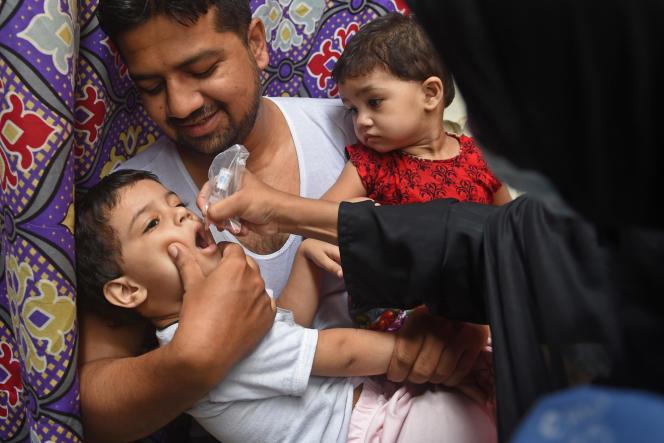 Campagne de vaccination au Pakistan, en juillet 2020.