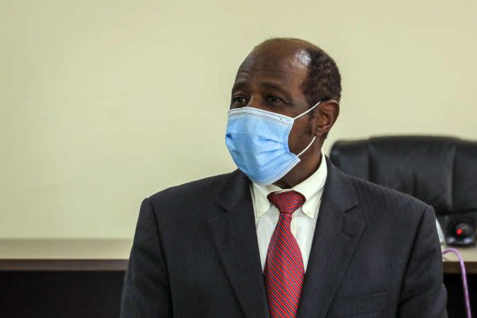 Paul Rusesabagina après son arrestation au Bureau d'investigation du Rwanda (RIB) à Kigali, le 31 août.
