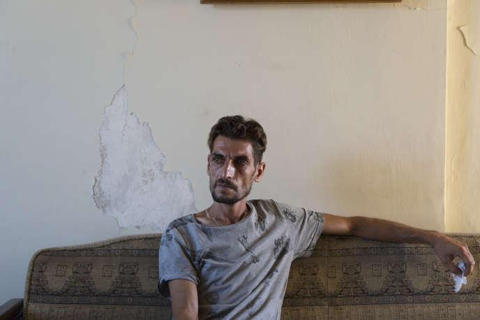 Samer Btebati travaille dans un atelier de mécanique située face à l'une des portes du port. Le 4 aout, sa fille est grièvement blessée par l'explosion, malgrès les soins apportés à l'hôpital, elle a succombé à ses blessures.