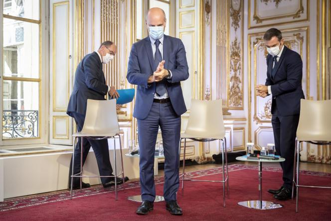 Le premier ministre, Jean Castex, le ministre de l'éducation, Jean-Michel Blanquer et le ministre de la santé, Olivier Véran le 27 août à Matignon.