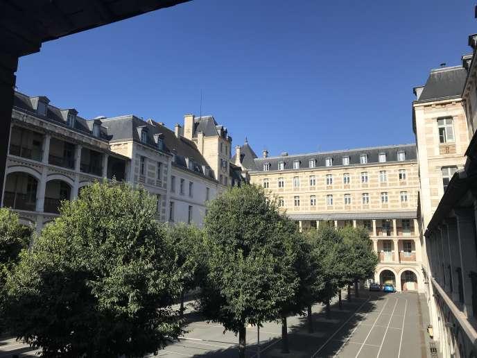 La cour Molière du lycée Louis-le-Grand, le 1er septembre 2020