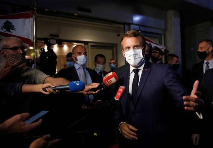 Le président Emmanuel Macron, à son arrivée à Beyrouth, le 31 août.