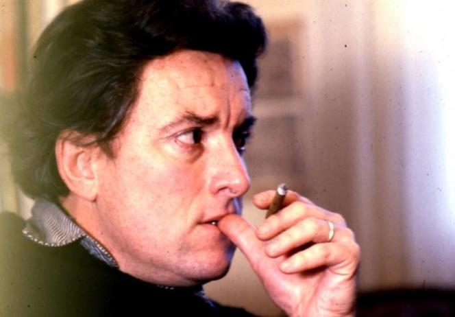 Jean-Michel Goutier, performeur, poète et historien du surréalisme.