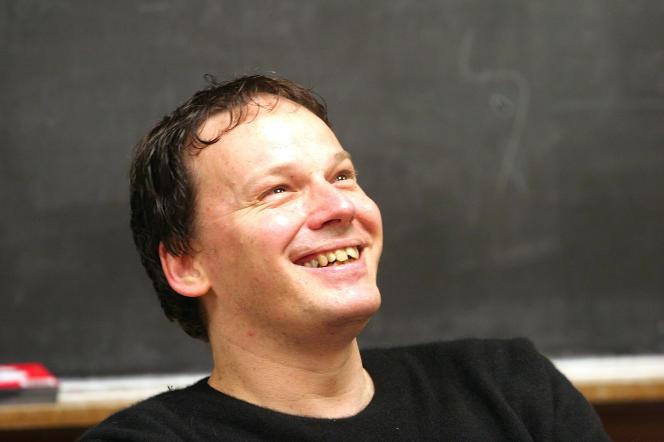 David Graeber, lors d'un de ses cours d'anthropologie à l'université Yale (Connecticut), en 2005.