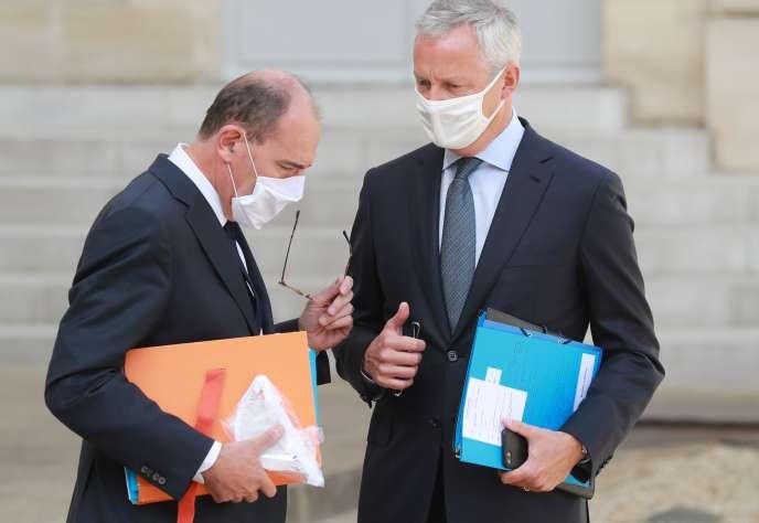 Le premier ministre, Jean Castex, et le ministre de l'économie, Bruno Le Maire, au palais de l'Elysée à Paris, le 26 août.