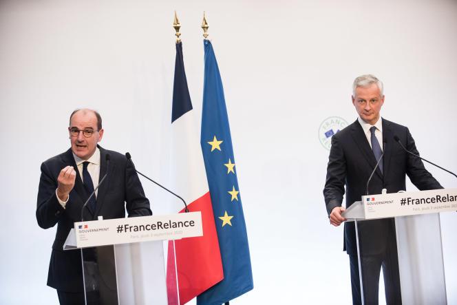 Le premierministre, Jean Castex (à gauche), et le ministre de l'économie et des finances, Bruno Le Maire, lors de la présentation du plan de relance, à Paris, le 3 septembre.