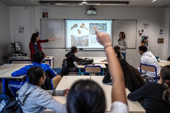 Les journalistes Sandra Laffont et Delphine Roucaute ont passé près de trois mois au collège Henri-Barbusse de Vaulx-en-Velin (Rhône).