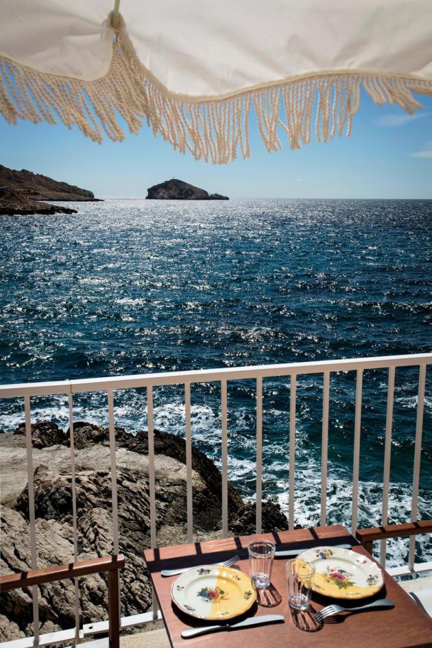 L'hôtel Tuba, à Marseille, un ancien spot de plongée reconverti en hôtel de poche.