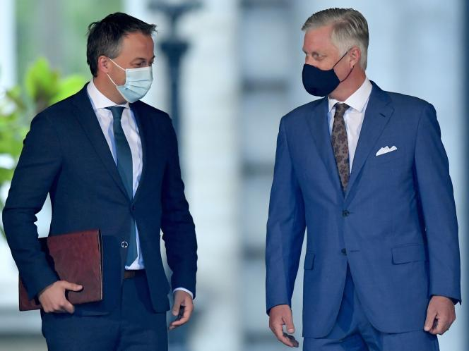 Egbert Lachaert, président de l'Open VLD, aux côtés du roi Philippe de Belgique, au palais royal de Bruxelles, le 4septembre2020.