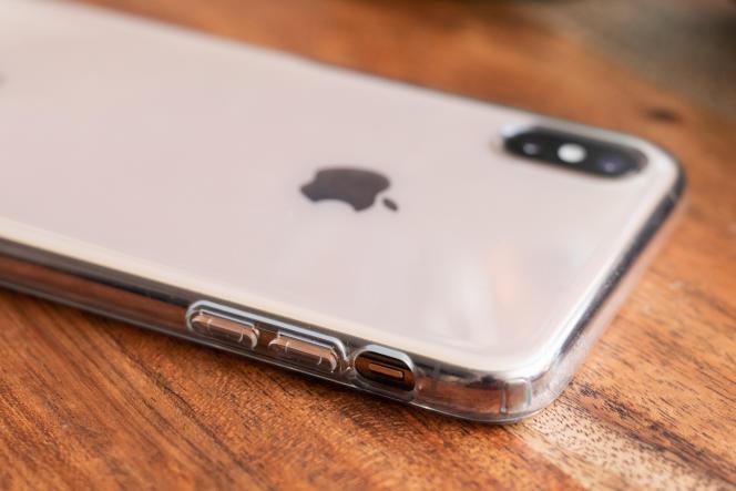 Si vous voulez qu'on voie votre iPhone, la Spigen est la meilleure alliance de transparence et de protection.