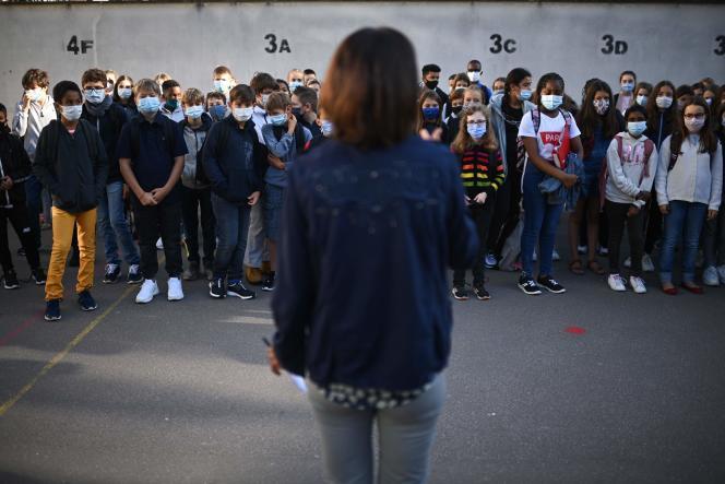 Au collège Françoise-Giroud à Vincennes (Val-de-Marne), le jour de la rentrée, le 1er septembre.