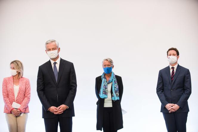 Barbara Pompili, Bruno Le Maire, Elisabeth Borne et Clément Beaune lors de la présentation du plan de relance, à Paris, le 3 septembre.