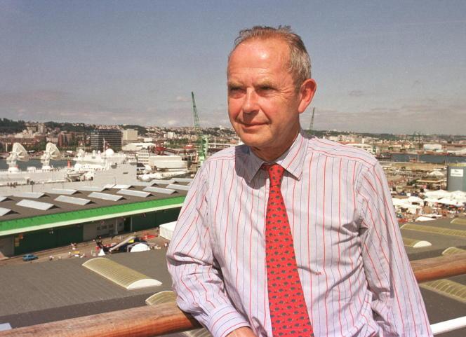 Antoine Rufenacht, alors député et maire du Havre, en juillet 1999.