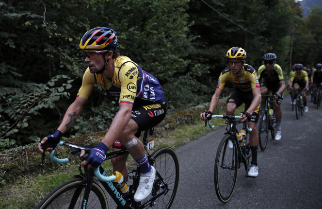 Primoz Roglic est le nouveau maillot jaune du Tour de France.