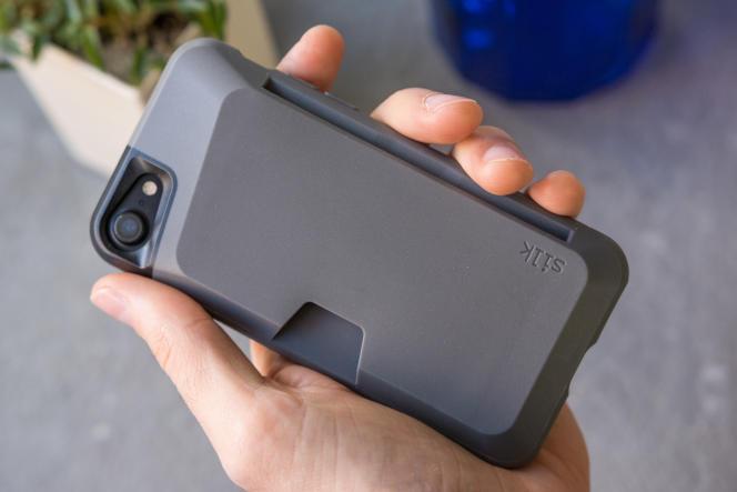 Le Wallet Slayer Vol. 1 de Smartish pour iPhone SE (2e génération), iPhone 8 ou iPhone 7.