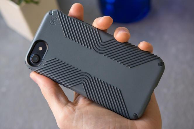 Le Presidio Grip de Speck pour iPhone SE (2e génération), 8 ou 7.