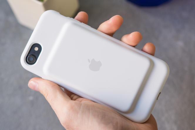 La Smart Battery Case d'Apple.