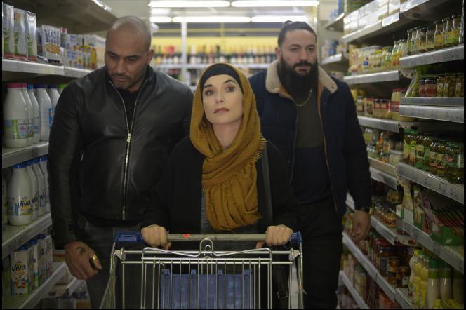Isabelle Huppert incarnePrudence Portefeux, alias«La Daronne», dans le film de Jean-Paul Salomé.