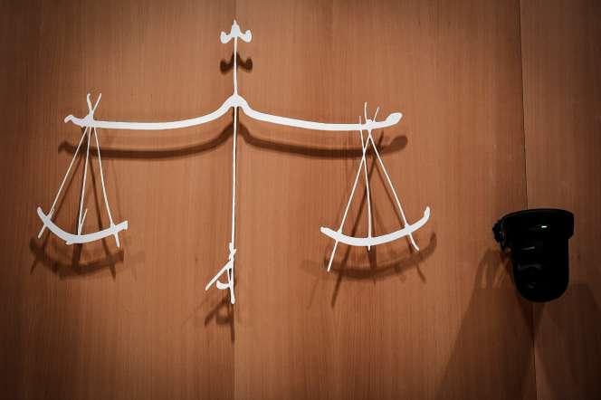 Le symbole de la justice, au tribunal de Paris, le 27 août.