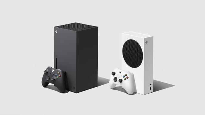 A gauche, la Xbox Series X. A droite, la Xbox Series S, qui ne dispose pas de lecteur de disques.