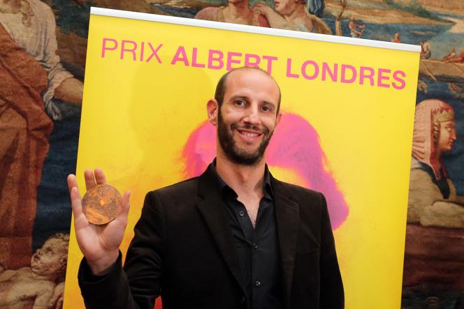 Le journaliste Philippe Pujol du quotidien «La Marseillaise» lors de la remise de son prix Albert-Londres, le 12 mai 2014, à Bordeaux.