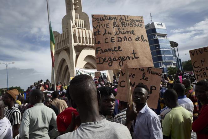 Le 8 septembre 2020, place de l'Indépendance, à Bamako, la capitale malienne.