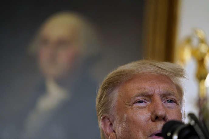 Donald Trump, lors de la présentation de sa liste de candidats potentiels à la Cour suprême, à Washington, le 9 septembre.