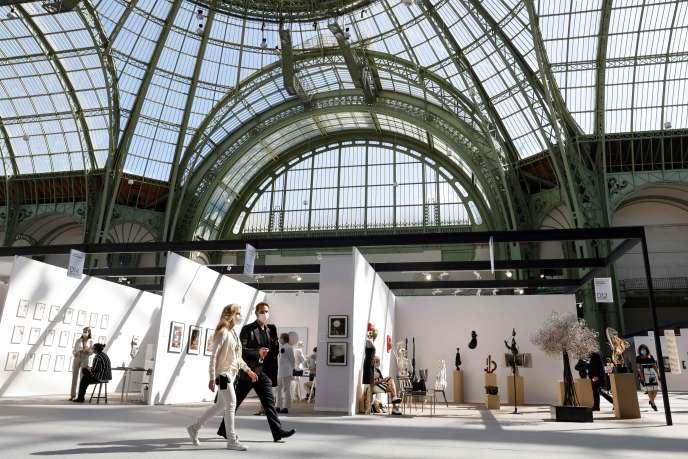 La manifestation Art Paris Art Fair au Grand Palais, à Paris, le 9 septembre.