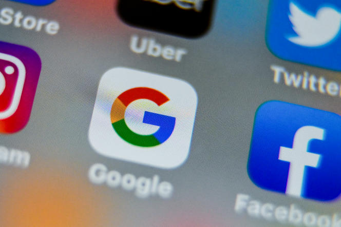 Selon l'ONG basée à Londres, 32entreprises, dont Microsoft, Intel, Apple, Walmart, Facebook, Google mais aussi Nestlé ou Roche, vont enregistrer à la fin de l'année une hausse spectaculaire de leurs bénéfices.