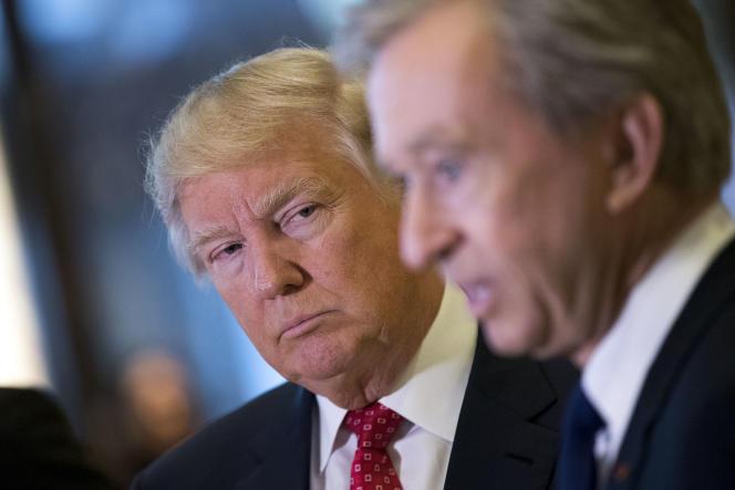 Donald Trump et Bernard Arnault, à New York, en janvier 2017.