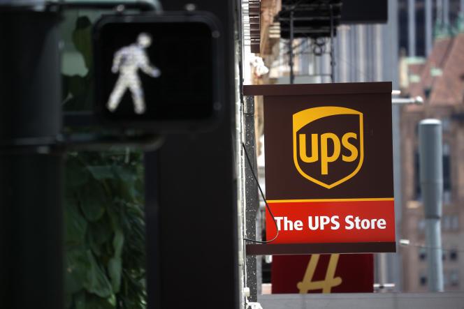 Devant une agence UPS, à San Francisco, le 30 juillet 2020.