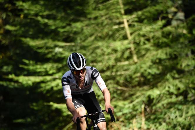 Marc Hirschi s'est promené dans les bois menant à Sarran. Et a remporté sa première victoire sur le Tour.