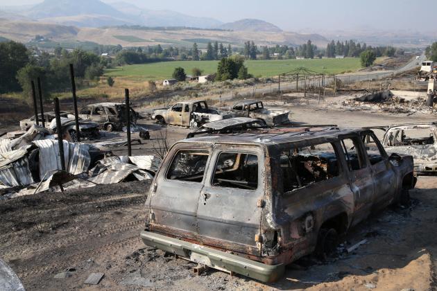 Après l'incendie de Cold Springs qui a ravagé une zone au sud d'Omak, Washington, le jeudi 10 septembre.