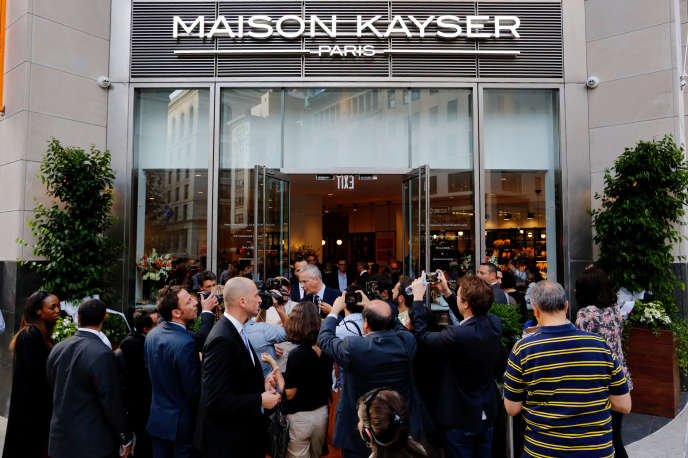 Le ministre de l'économie français, Bruno Le Maire, en visite à la Maison Kayser, à NewYork, le 28juin.