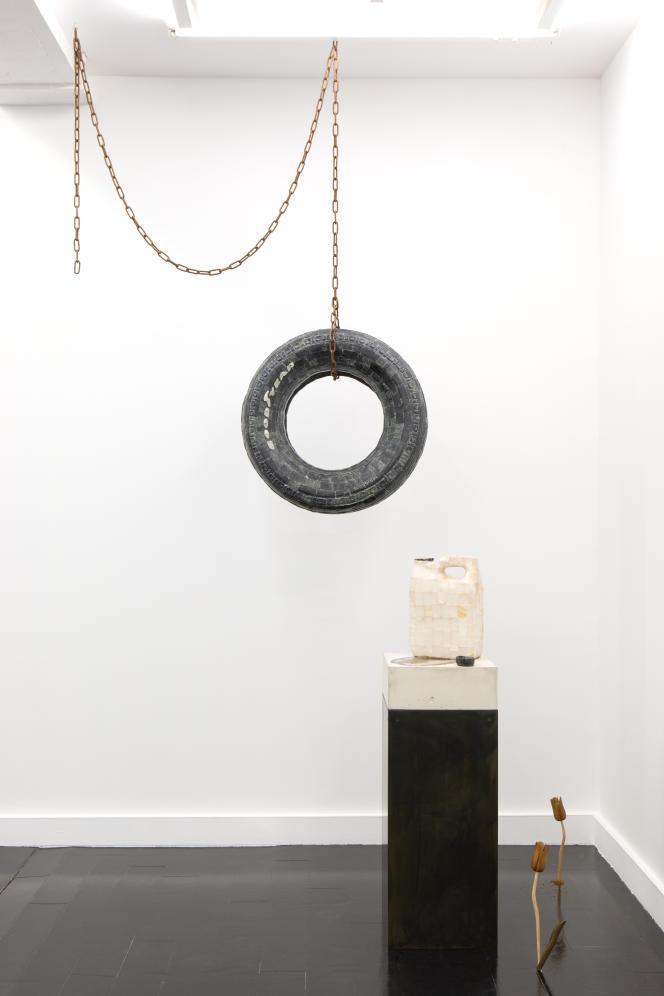 Vue de l'exposition «Silent Spring», de Théo Mercier, à la galerie Mor Charpentier, à Paris, en 2020.