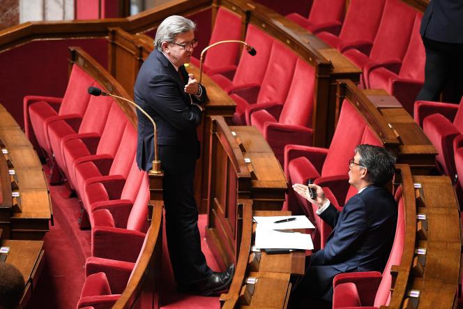 Jean-Luc Mélenchon et Olivier Faure, le 28 avril, à l'Assemblée nationale.