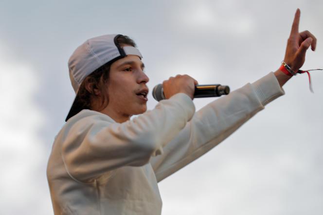 Moha la Squale, lors d'un concert à Paris, le 5 juillet 2018.